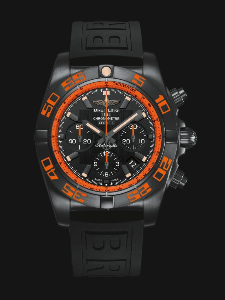 Breitling 百年灵终极计时黑鹰腕表
