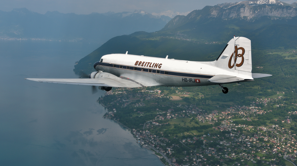 The Breitling DC-3 circles the globe
