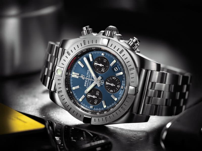 THE BREITLING CHRONOMAT B01 CHRONOGRAPH 44