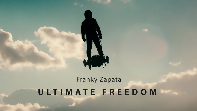 Breitling vole avec Franky Zapata sur Flyboard<sup>®</sup> Air