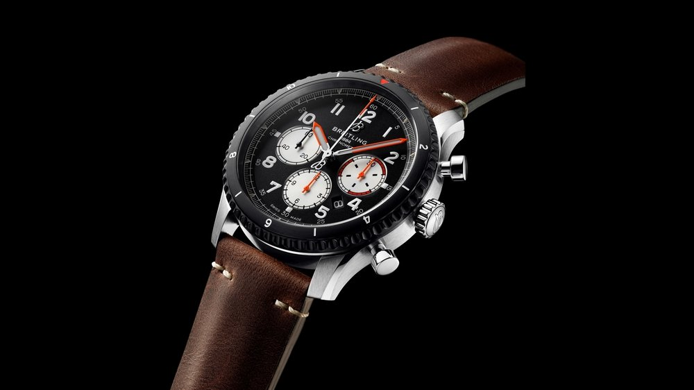 The Breitling Aviator 8 Mosquito Commemorates de Havilland's Iconic Plane