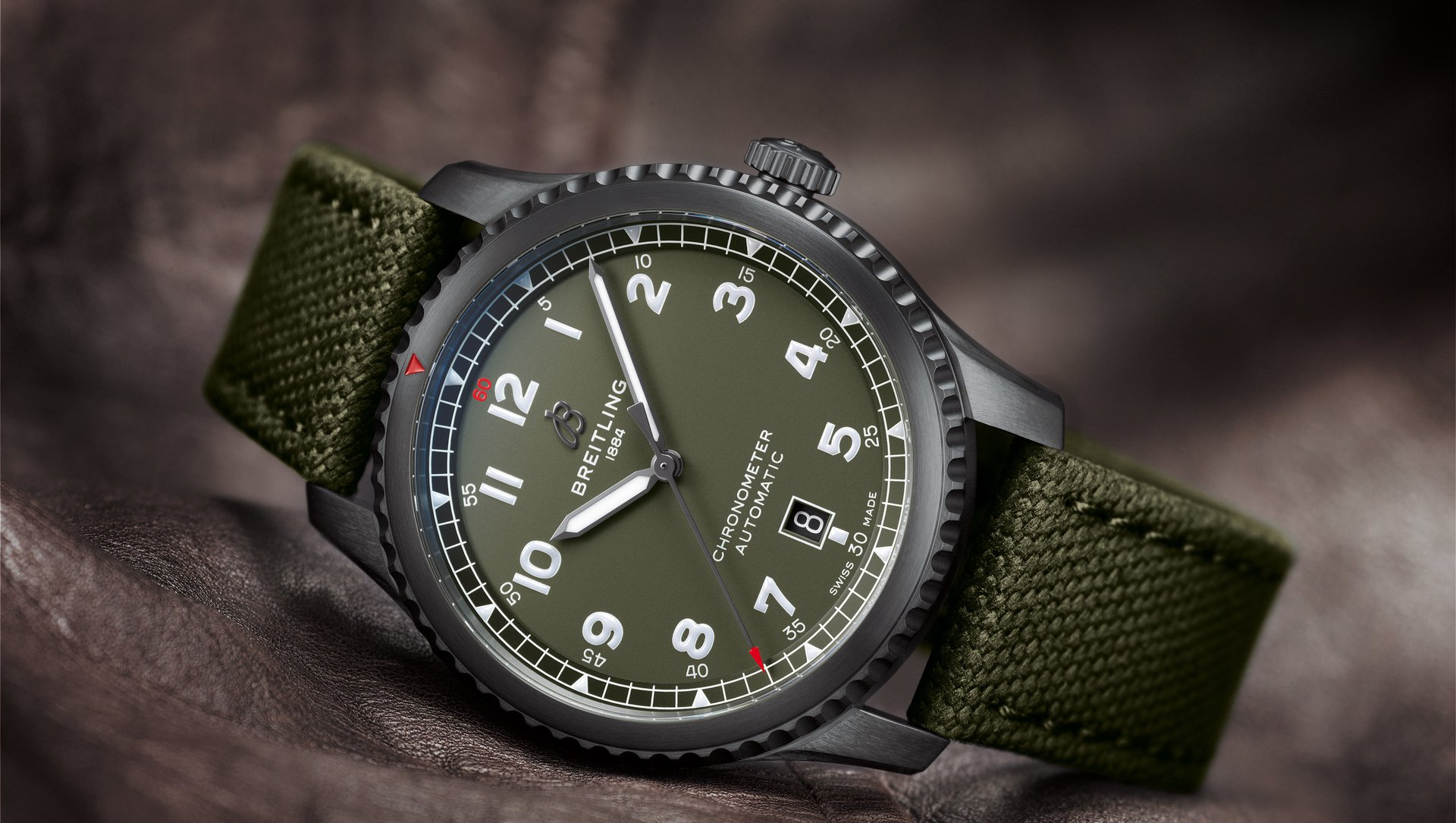 Une montre pour mes 30 ans 10_aviator-8-automatic-41-curtiss-warhawk_20834_15-02-19