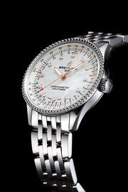 10_navitimer-automatic-35-with-a-white-mother-of-pearl-dial-with-diamond-hour-markers-and-a-stainless-steel-navitimer-bracelet-1.jpg