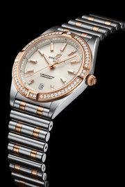 12_chronomat-automatic-36-in-bicolor-with-diamond-hour-markers-and-diamond-set-bezel_ref.-u77310591a1u1.jpg