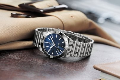 17_chronomat-32-in-stainless-steel-with-a-blue-dial_ref.-a77310101c1a1.jpg