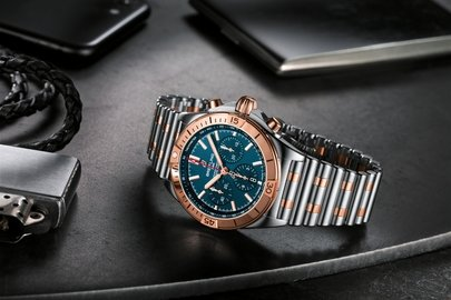 16_two-tone-chronomat-b01-42-with-a-blue-dial-and-tone-on-tone-chronograph-counters-highlighted-by-an-18-k-red-gold-bezel-crown-and-pushers.jpg