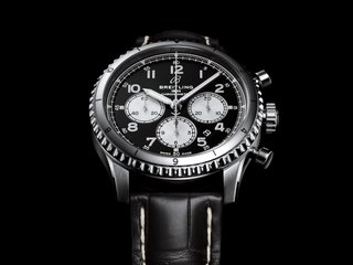 DIE NEUEN NAVITIMER AVIATOR 8 SWISS LIMITED EDITIONS