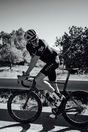 09_breitling-triathlon-squad-member-jan-frodeno-during-the-breitling-century-in-palma-mallorca.jpg