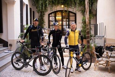 02_breitling-triathlon-squad-members-jan-frodeno-and-daniela-ryf-with-breitling-ceo-georges-kern-during-the-breitling-century-in-palma-mallorca.jpg