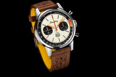 04_breitling-top-time-deus-limited-edition_ref.-a233101a1a1x1.jpg