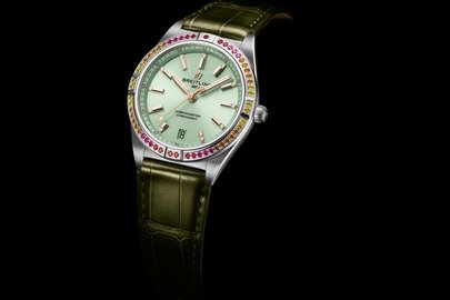 02_chronomat-automatic-36-south-sea-with-a-mint-green-dial_ref.-a10380611l1p2-1.jpg