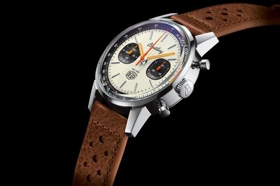 05_breitling-top-time-deus-limited-edition_ref.-a233101a1a1x1.jpg
