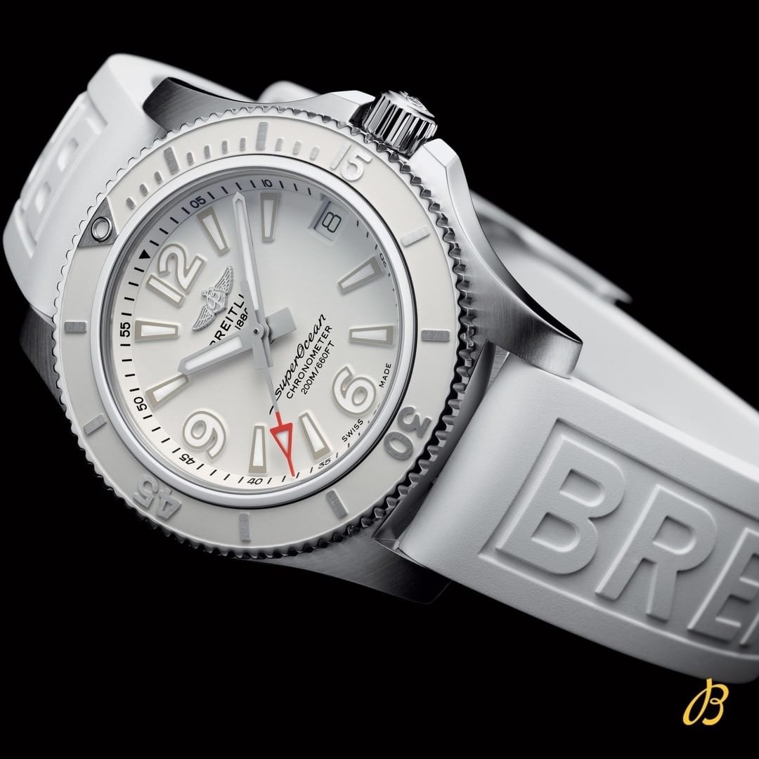 Watches With Fake Diamonds